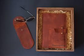 Именной <b>подарочный</b> набор <b>Кожаный ежедневник</b> и Кожаный ...