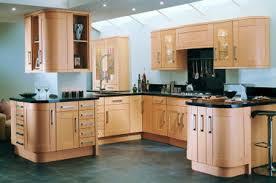 Quelle couleur pour les murs de ma cuisine? Images?q=tbn:ANd9GcQ-o282ePpqA-OGURJ1WTIqPN9ucMd64B2_NodhKa6Sl5IZzm0A