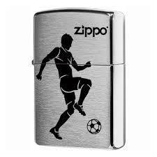 <b>Зажигалка ZIPPO 200 Soccer</b> Player с покрытием Brushed Chrome ...