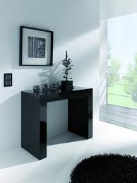 gloss black dining table