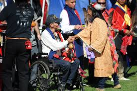 u s department of defense photo essay wabanaki micmac tribe member beth henderson greets navy world war ii veteran paul duronslet