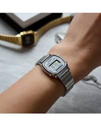 <b>Часы</b> - Аксессуары