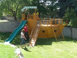 Do It Yourself Playsets       plans  tree house plans    swing    Do It Yourself Playsets       plans  tree house plans    swing