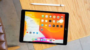 Apple <b>iPad 7</b> Review: How Good Is It With Pencil & Keyboard ...