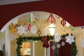 cheap christmas decor: in  easy christmas decorations in