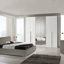 Camera Da Letto Grigio Bianco : Camera da letto kika
