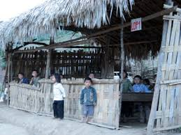 Image result for lớp học nghèo