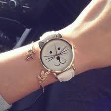 <b>Fashion</b> Hollow <b>Triangle</b> Women Quartz Watches <b>Simple</b> Novelty ...