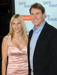 the writer of the notebook nicholas sparks and his wife cathy breakup after years of