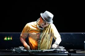 <b>Mix</b> Master Mike - Wikipedia
