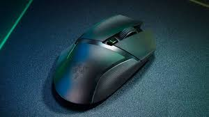 <b>Razer Basilisk X HyperSpeed</b> Wireless Gaming Mouse Review ...