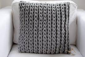 Декоративные связанные <b>подушки</b> из <b>трикотажной</b> пряжи для ...