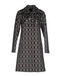 Купить женские <b>пальто</b> с геометрическим рисунком в интернет ...