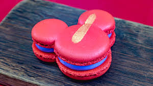 Try This <b>NEW</b> Mickey <b>Macaron</b> and More Photo-Worthy Treats at ...