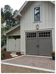 ideas about Carriage House on Pinterest   Garage Doors       ideas about Carriage House on Pinterest   Garage Doors  Garage and Garage Plans