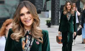 Ayda Field looks sensational in a 70s inspired <b>green</b> velvet suit as ...