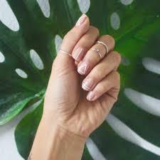 Αποτέλεσμα εικόνας για Η νέα τάση στα νύχια για τις τεμπέλες