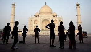 <b>Taj Mahal colour</b> change: SC lashes out at ASI for not taking steps ...
