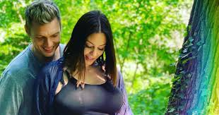 Nick Carter and Wife Lauren Expecting Second Child After Miscarriage