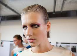Report by Anna-Marie Solowij Photography by Anna Bauer Book make-up artists Val Garland, Pat McGrath or Alex Box for your show and you're guaranteed an ... - 3936961950_8c9c346fc6_o