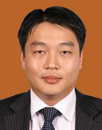 Lee Ming Kien Head of Risk Management and Actuarial. Ming Kien joined ACRM with in-depth pricing experience for a range of business lines. - Lee%2520Ming%2520Kien