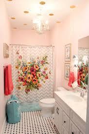 girl bathroom amber