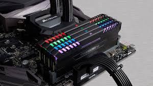Комплект <b>модулей памяти</b> DDR4 <b>Corsair Vengeance</b> RGB с ...