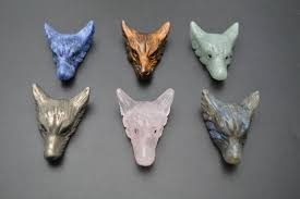 <b>1pc</b> 35mm Natural Stone Hand Carved <b>Wolf</b> Head Gemstone Pendant