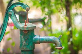 Старая <b>ручная водяная помпа</b> (насос рычага) Винтажная ...