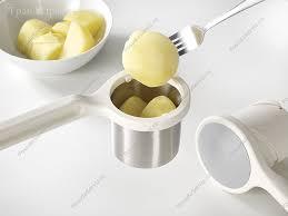 <b>Пресс</b>-<b>толкушка</b> для вареных овощей из пластика и стали ...