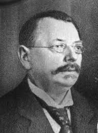 Friedrich Lesche – Mitbegründer und erster Geschäftsführer der Volksfürsorge Versicherung, hier im Jahr 1921. Quelle: Archiv der sozialen Demokratie der ... - friedrich-lesche_adsd
