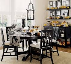 chic dining table sun