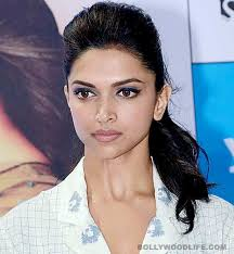 Fri, January 3, 2014 8:00pm UTC by Prathamesh Jadhav Add first Comment. Has Deepika Padukone become commitment phobic? - Deepika-Padukone-030114