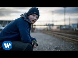 <b>Ed Sheeran</b> - Shape of You [Official Video] - YouTube