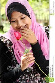 Portrait of beautiful young muslim girl - portrait-beautiful-young-muslim-girl-22138762