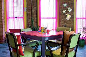 Resultat d'imatges de decoracion con colores fluor