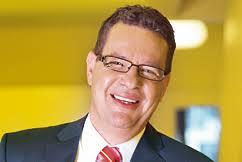 Januar 2011 ist Daniel Stähli Direktor der BFB. Er trägt die Gesamtverantwortung für die Führung der BFB. Unterstützt wird er von den Mitgliedern der ... - Portrait_Daniel_Staehli_02_242_162_02