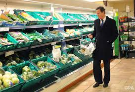 The science that makes us spend more in supermarkets  and feel good while we do