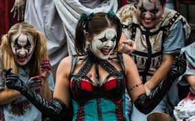 Disney World Rival Isn't Likely to Cancel <b>Halloween Horror Nights</b> ...
