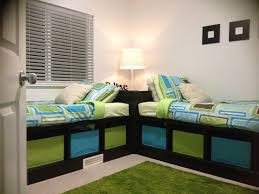 Bedroom For Two Twin Beds Corner Table For Twin Beds Guest House Pinterest Awesome