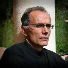 Ferran.garcia-oliver [símbol d'arrova] uv [punt] es. Nom complet. Ferran Garcia-Oliver Garcia. Llibres publicats. «Oc», 3i4, València, 1989 ... - ferran_garcia_oliver