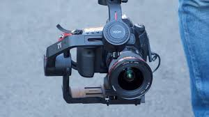 <b>Moza Air 2</b> Gimbal Review - Newsshooter