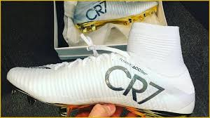 cr7 gold cleats