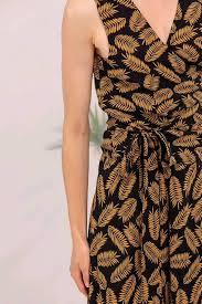 Namasté Fashion - My style is pretty <b>clean</b>, <b>classic</b>, and...