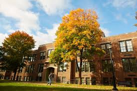 photo essay campus colors campus news uw la crosse 2016 uwl fall student life 545