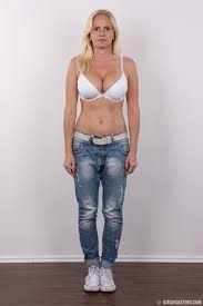 Mature MILF Laura Wearing Jeans Image Gallery 279156