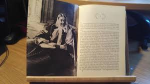 florence nightingale by cecil woodham smith debbie young s frontispiece photo of florence nightingale from the book