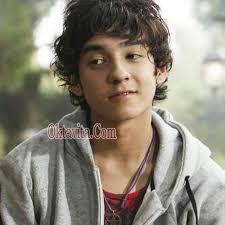 Anak dari Ali Dad Khan (alm) dan Norazlina Chow ... - Alif-Ali-Malaysia