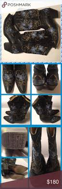 ideas about cowgirl boots on cowgirl corral black embroidered flower cowgirl boots rare embroidered corral boots out everywhere and extremely