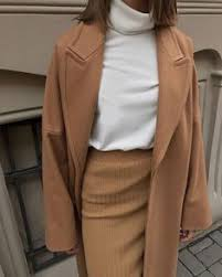 С чем носить <b>пальто</b> кокон кэмел | <b>Стиль</b> | Серое платье, <b>Пальто</b> ...